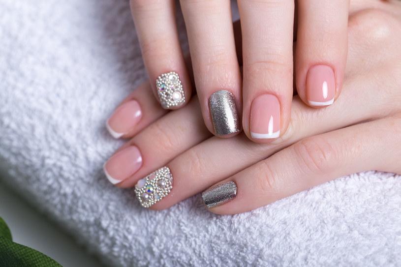 Zadbane dłonie mogą być twoją najlepszą wizytówką /123RF/PICSEL