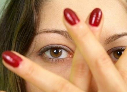 Zadbane paznokcie świadczą o elegancji /MWMedia