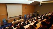 Zadłużony uniwersytet zwolni 150 pracowników