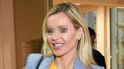 Zadowolona Dorota R. na rozprawie w sądzie