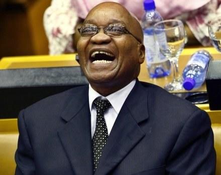 Zadowolony Jacob Zuma /AFP