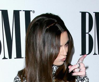 "Zadziorna Cher Lloyd: Zobacz teledysk ""None Of My Business"""