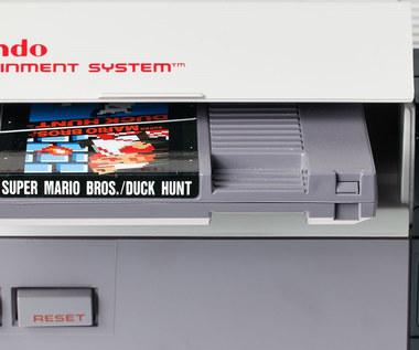 Zafoliowany egzemplarz Super Mario Bros. sprzedany na aukcji za krocie