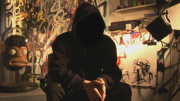 Zagadka tożsamości Banksy'ego pozostała niewyjaśniona /materiały dystrybutora