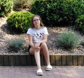 Zaginiona 14-letnia Nikola Kałat (źródło: KPP Wschowa) /