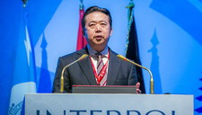 """Zaginiony prezes Interpolu """"zabrany"""" przez chińskie władze"""