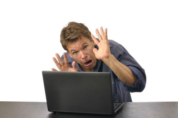 Zagrożenia internetowe są różnorodne, a użytkownicy mogą napotkać je niemal wszędzie /123RF/PICSEL
