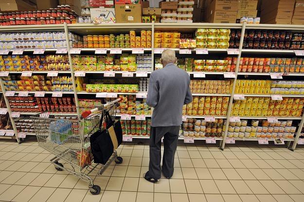 Zagrożeniem dla cen w Polsce jest ewentualne osłabienie kursu złotego /AFP