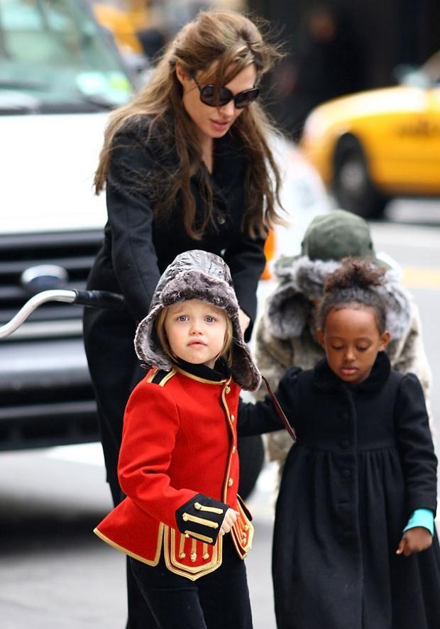 Zahara to mała księżniczka. Shiloh lubi męskie stylizacje.  /Splashnews
