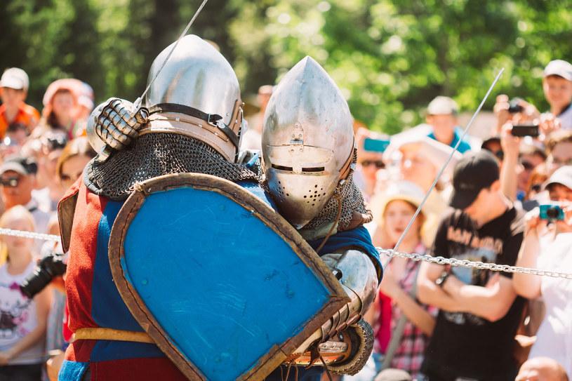 Zainteresowanie jest tak duże, że organizatorzy festiwalu przygotowali dwie inscenizacje bitwy /123RF/PICSEL