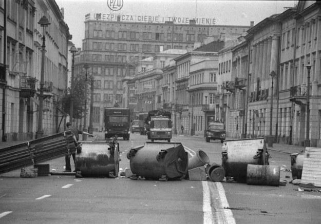 Zajścia uliczne na Nowym Świecie w Warszawie /Damazy Kwiatkowski  /PAP