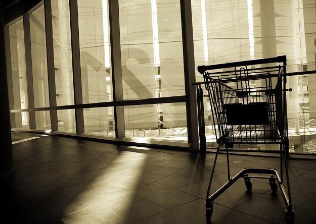Zakaz handlu w niedziele to dla drobnych przedsiębiorców koszmar /©123RF/PICSEL
