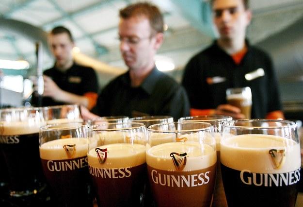 Zakaz podawania alkoholu w Wielki Piątek obowiązywał od 1927 roku / ANDY RAIN    /PAP/EPA