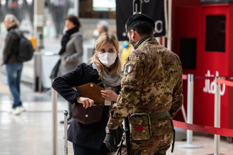 Zakaz poruszania się poza miejscem zameldowania we Włoszech /Emanuele Cremaschi /Getty Images