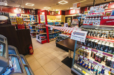 Zakaz sprzedaży alkoholu na stacjach paliw. Jesteś za czy przeciw?