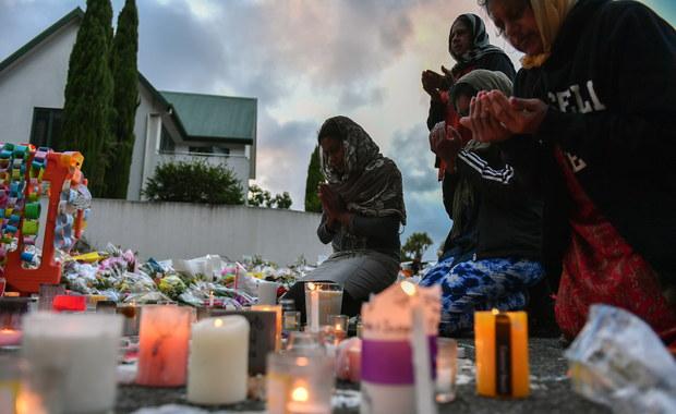Zakaz sprzedaży broni półautomatycznej i szturmowej w Nowej Zelandii