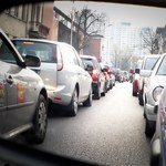 Zakaz wjazdu dla starych aut? Wyjaśniamy, o co chodzi