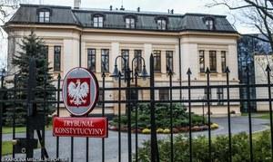 """Zakaz za """"polityczne"""" wypowiedzi o TK? Prof. Zaradkiewicz zabrał głos"""