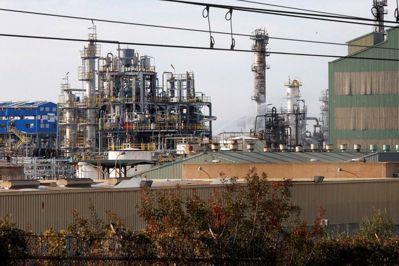 Zakład petrochemiczny koło Tarragony, w północno-wschodniej Hiszpanii /SUSANNA SAEZ  /PAP/EPA