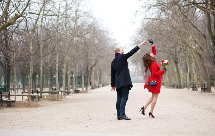Zakochaj sie w Paryżu na nowo! /123RF/PICSEL