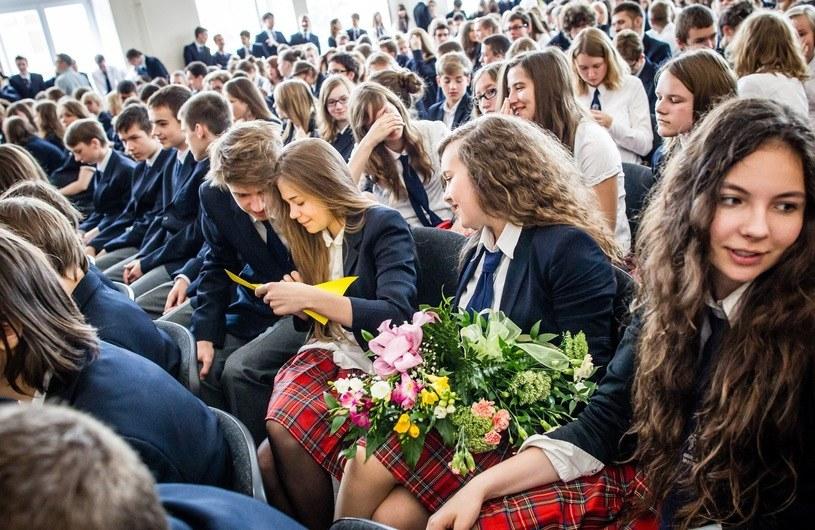 Zakończenie roku szkolnego w Liceum i Gimnazjum im. Władysława IV na Pradze /Andrzej Stawiński /Reporter