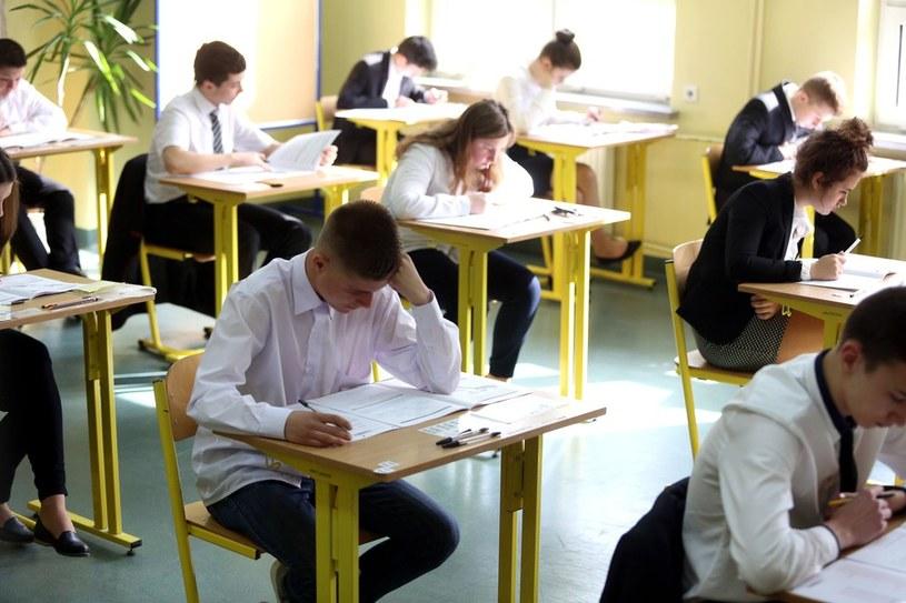 Zakończył się egzamin gimnazjalny /Tomasz Rytych. /Reporter