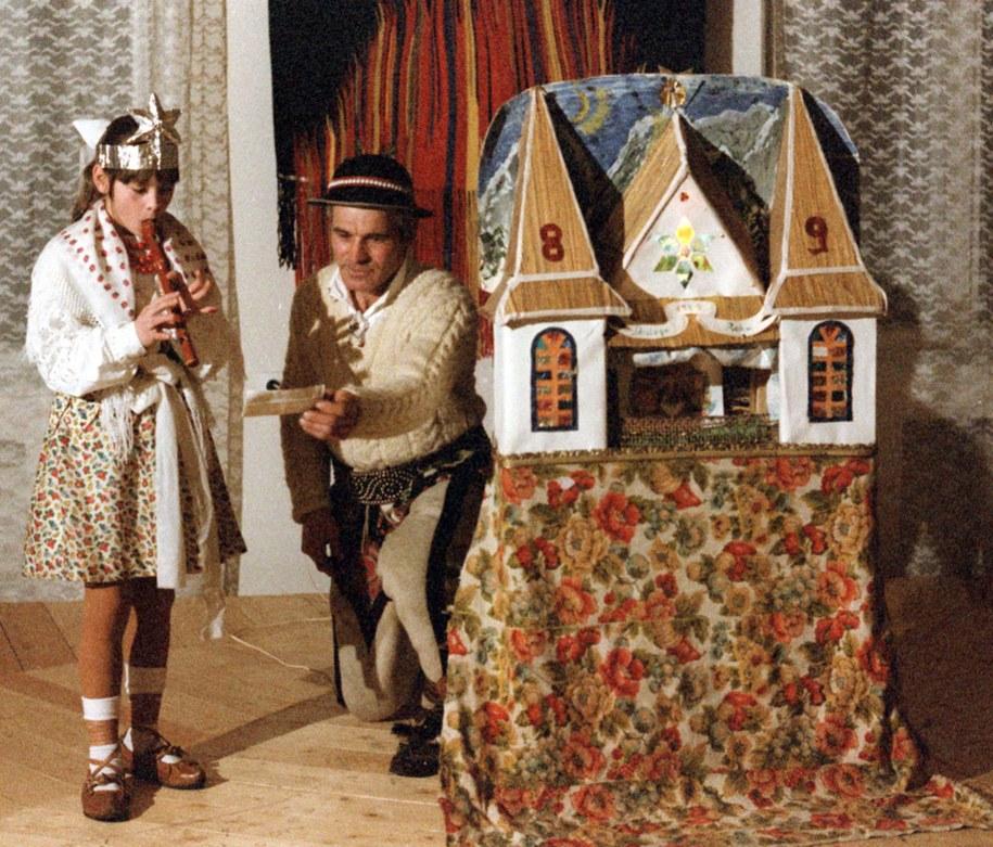 ZAKOPANE, 28.12.1989 R. WIGILIJNA SZOPKA GÓRALSKA /Stanisław Momot    /PAP