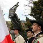 Zakopane: Odsłonięto pomnik ofiar katastrofy smoleńskiej