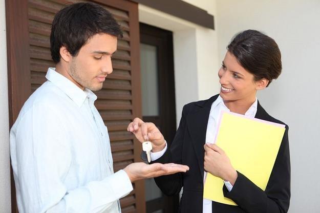 Zakup mieszkania to dla wielu największa inwestycja w życiu /©123RF/PICSEL