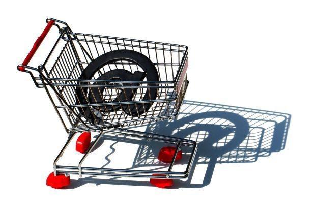 Zakupy w internecie pozwalają zaoszczędzić spore kwoty /stock.xchng