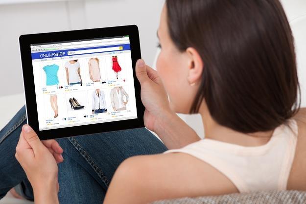 Zakupy w sieci zastąpią tradycyjny handel? /©123RF/PICSEL
