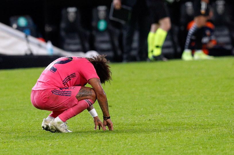 Załamany Marcelo podczas meczu z Valencią /Kai Foersterling /PAP/EPA