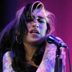 Zalana Winehouse na koncercie