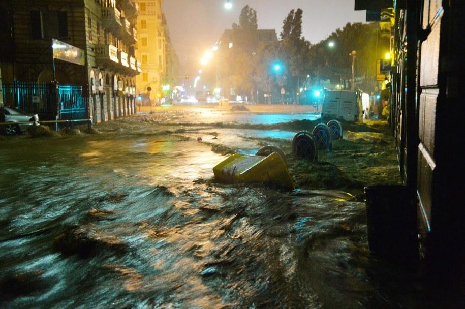 Zalane ulice Genui /LUCA ZENNARO /PAP/EPA