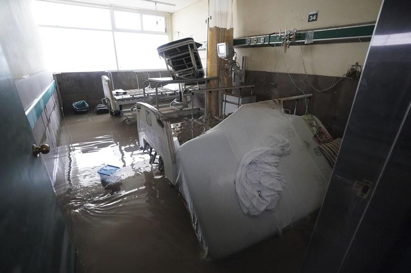 Zalany szpital w mieście Tula w środkowym Meksyku /Associated Press /East News