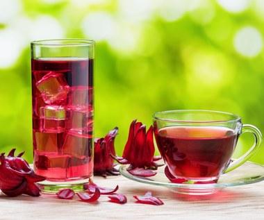 Zalety herbaty z hibiskusa