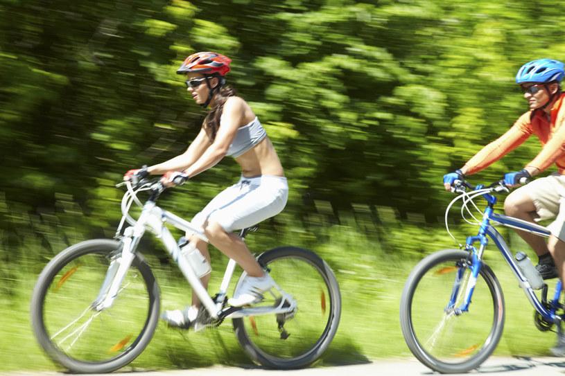 zalety jazdy rowerowej /© Photogenica