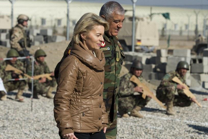 Zalmai Wesa i niemiecka minister obrony Ursula von der Leyen /POOL JOHN MACDOUGALL/jd/az /AFP