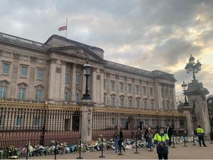 Żałoba po śmierci księcia Filipa. Ostatnie salwy na cześć małżonka królowej Elżbiety II