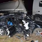 Żałoba w szkołach po tragicznym wypadku 19-latków w Zawierciu