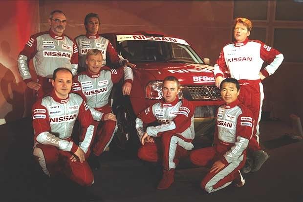 Załoga fabrycznego zespołu Nissana (kliknij) /INTERIA.PL