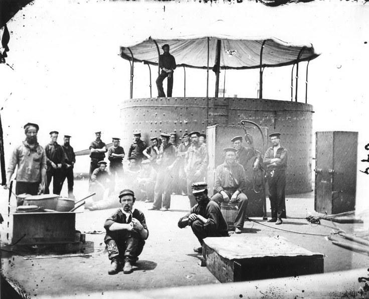 """Załoga USS """"Monitor"""" /US Navy Archives /materiały prasowe"""