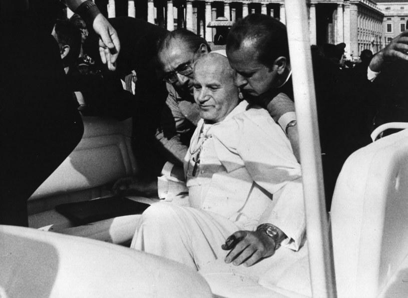 Zamach na Jana Pawła II w maju 1981 r. /Keystone /Getty Images