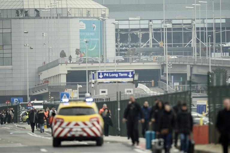 Zamach na lotnisku w Brukseli /AFP