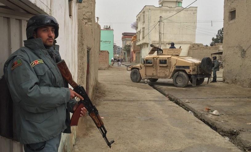 Zamach samobójczy w centrum Kabulu. Wiele ofiar /PAP/EPA