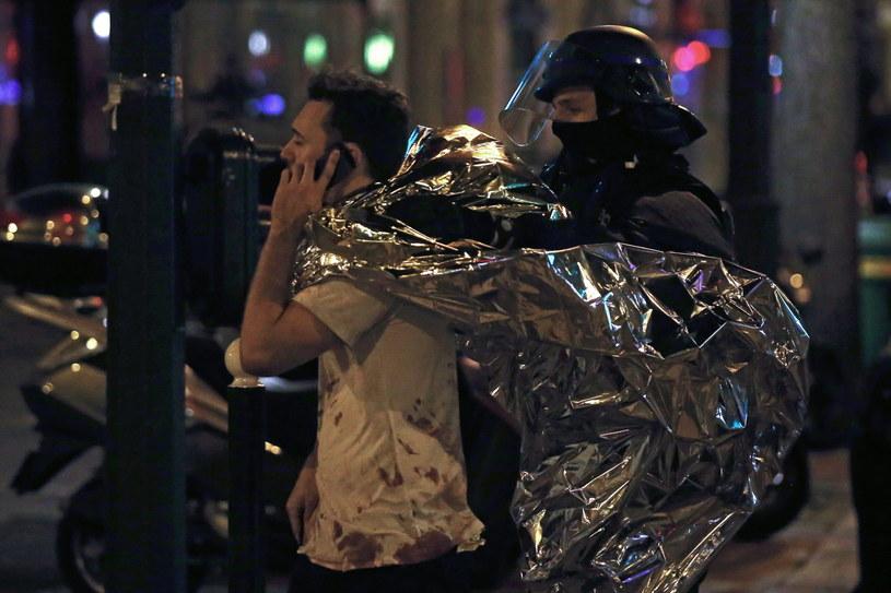 Zamachy w Paryżu /ETIENNE LAURENT /PAP/EPA