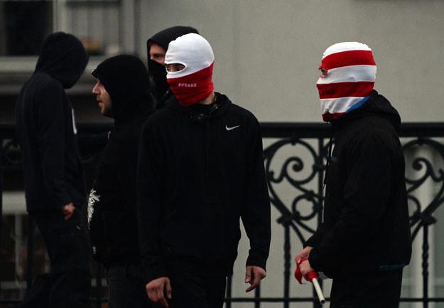 Zamaskowany Marsz Niepodległości /AFP