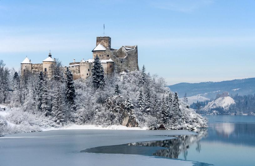 Zamek w Niedzicy, w tle zamek w Czorsztynie /123RF/PICSEL