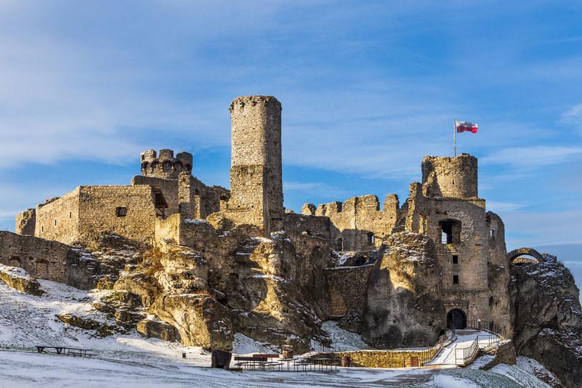 Zamek w Ogrodzieńcu to świetna zimowa atrakcja /123RF/PICSEL