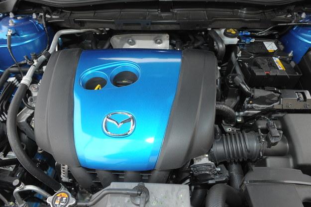 Zamiast downsizingu jest Skyactiv. Benzyny i diesle mają ten sam stopień sprężania – 14:1. /Motor
